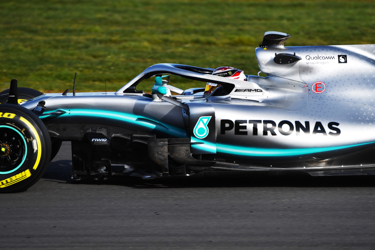 New season, new colour for Axalta and Mercedes-AMG Petronas Motorsport