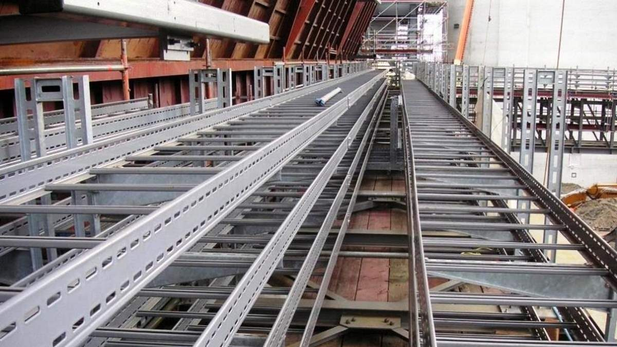 Cable trays coated with Abcite